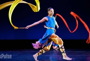 Year of the Rooster: Nai-Ni Chen Dance Company